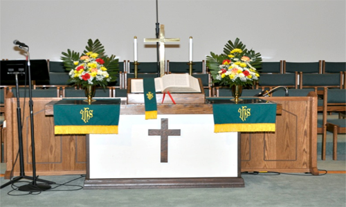 Chancel flowers.png